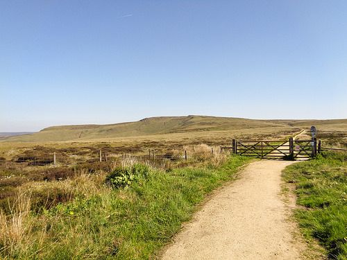 The Pennine Way from Snake Pass summit